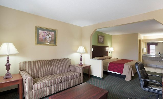 Econo Lodge New Orleans Hotel Booking